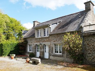 3 bedroom Villa in Le Minihic-sur-Rance, Brittany, France : ref 5545312