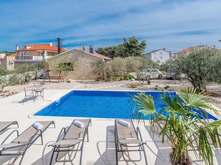 2 bedroom Villa in Brodarica, Sibensko-Kninska Zupanija, Croatia : ref 5622966