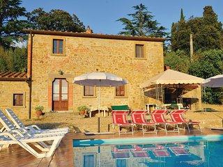 4 bedroom Villa in Il Poggiolo, Tuscany, Italy : ref 5536571
