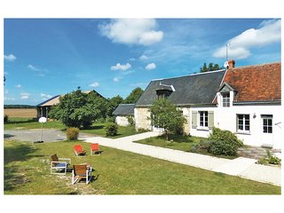 4 bedroom Villa in Chanceaux-près-Loches, Centre, France : ref 5532781