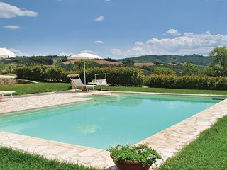 2 bedroom Apartment in La Corsina, Tuscany, Italy : ref 5534389