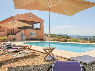 5 bedroom Villa in Cairanne, Provence-Alpes-Cote d'Azur, France : ref 5537742