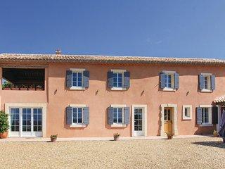 5 bedroom Villa in Cairanne, Provence-Alpes-Cote d'Azur, France : ref 5537742