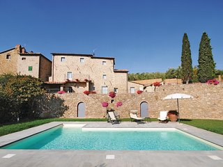5 bedroom Villa in Le Corchie, Tuscany, Italy : ref 5532919