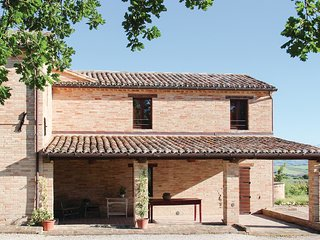 4 bedroom Villa in Giuliodori, The Marches, Italy : ref 5535858