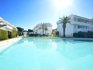 2 bedroom Apartment in Mas Pinell, Catalonia, Spain - 5623687