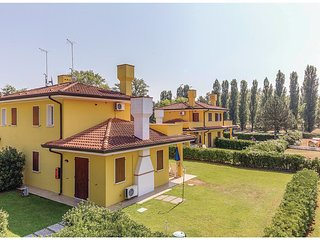 2 bedroom Villa in Palazzo Vianello, Veneto, Italy : ref 5537577