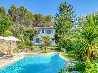 4 bedroom Villa in Trets, Provence-Alpes-Cote d'Azur, France : ref 5547043