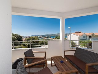 2 bedroom Apartment in Seget Vranjica, Splitsko-Dalmatinska Županija, Croatia :