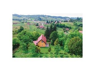 2 bedroom Villa in Martinišće, Krapinsko-Zagorska Županija, Croatia : ref 553603