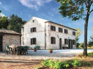 4 bedroom Villa in Cerquetella, The Marches, Italy : ref 5535862