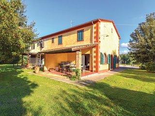 3 bedroom Villa in Braccagni, Tuscany, Italy : ref 5537487