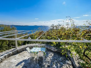 2 bedroom Apartment in Soline, Dubrovacko-Neretvanska Zupanija, Croatia : ref 55