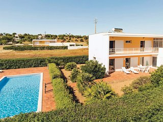 3 bedroom Villa in Salgados, Faro, Portugal : ref 5532533