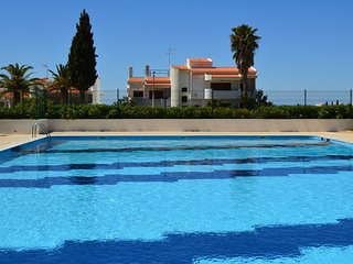 Elvin Blue Apartment, Porches, Algarve