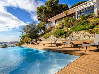 Catalunya Casas: Magnificent Villa Blanes with views of Costa Brava and 1km to t