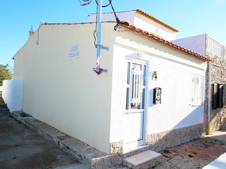 LT-03 - Single storey house in the countryside of Luz de Tavira