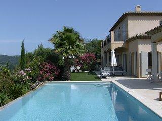 Villa Pia,dans un hectare en haut d une vallee verdoyante avec vue imprenable