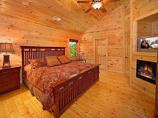 Bedroom at Cozy Creek