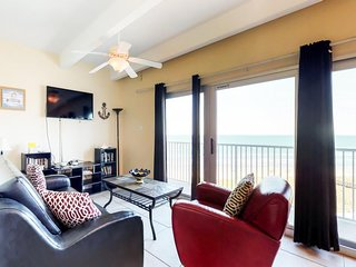 NEW LISTING! Cozy, oceanfront condo w/shared pool & hot tub-walk to the beach!