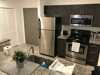 ALHAMBRA VIEW | 2 BED | 502