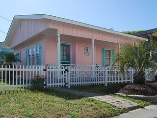 2 Br 2nd Row Coastal Cottage.