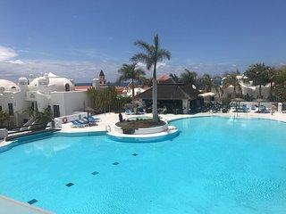 Adeje Paradise, piso con terraza en el mejor complejo de Tenerife