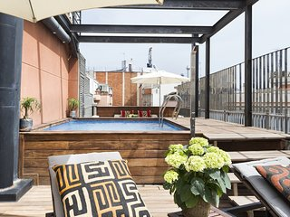 Pool Apartment in Gothic Quarter, Barcelona