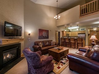 Silverado Lodge 2-Bedroom Condo with Loft by All Seasons Resort Lodging