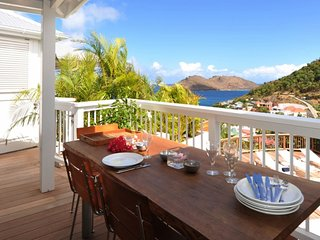 Villa Art  * Ocean View * Located in  Beautiful Flamands with Private Pool
