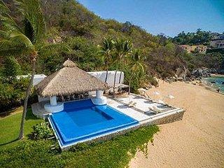 Hermoso condominio totalmente equipado, con playa en hotel camino real huatulco