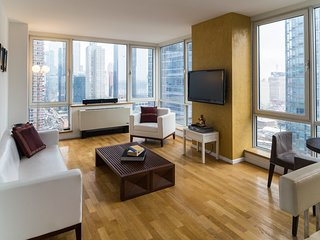 Wow Views - 2 Bedrooms with Airport Pickup