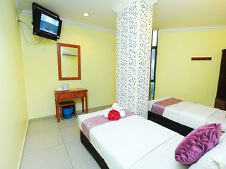 Sun Inns Hotel DMIND2 - Room Family 3 window