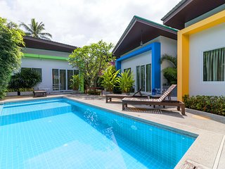 Modern 2 Bedroom & Pool, Quiet Area A