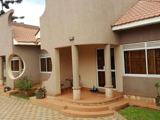 Pinegrove Apartments Kampala