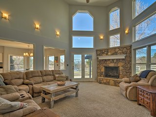 Colorado Springs Home - 2 Miles from Air Force!