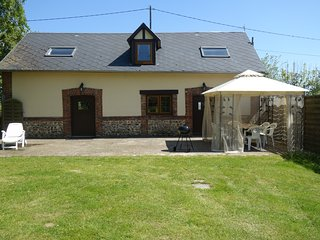 Le Pressior, beautifully converted barn /cottage. Southfacing patio