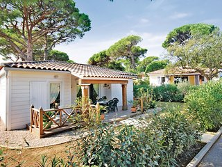 2 bedroom Villa in Port Cogolin, Provence-Alpes-Côte d'Azur, France : ref 552215