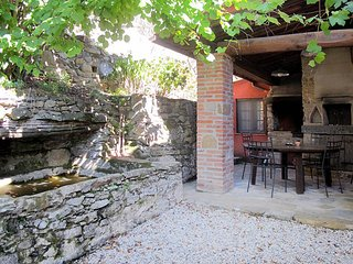 3 bedroom Apartment in Buti, Tuscany, Italy : ref 5447106