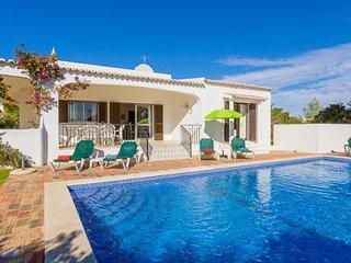 4 bedroom Villa in Carvoeiro, Faro, Portugal : ref 5238937