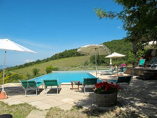 2 bedroom Apartment in Castellina in Chianti, Tuscany, Italy : ref 5447404