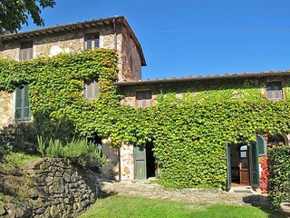 2 bedroom Apartment in Pescia, Tuscany, Italy : ref 5447308