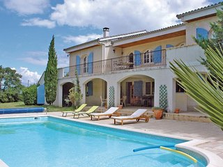 4 bedroom Villa in Montelimar, Auvergne-Rhone-Alpes, France : ref 5522419