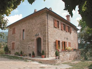 3 bedroom Apartment in Volterrano, Umbria, Italy : ref 5490395