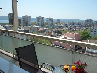 Holiday Apartment Sirena with panoramic views of Varna and the bay