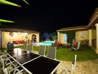Villa 6 chambres, piscine, plage à 5mn
