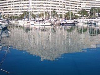 F2 Meuble avec jardin et parking - face a la mer - Residence luxueuse et calme