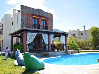 Centrally located 3 bedroom Villa Gulay in Hisaronu center with private pool.