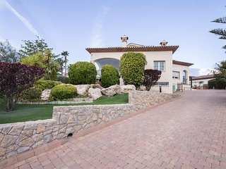 Villa Bonmont with Pool in Country Golf Club