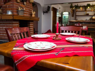Chalet Asevi sleeps up to 22 people, only a few steps from Pirin street